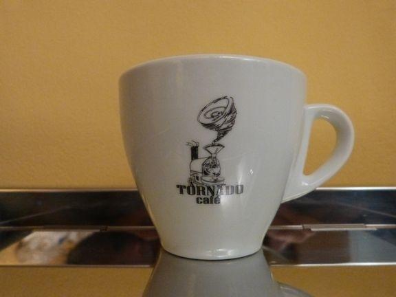 Tazas De Café Colección Aqui En Tornado Café