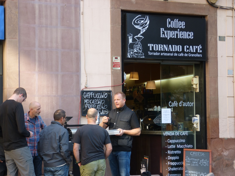 barista-guido-show-tueste-en-la-calle www.tornadocafe.es