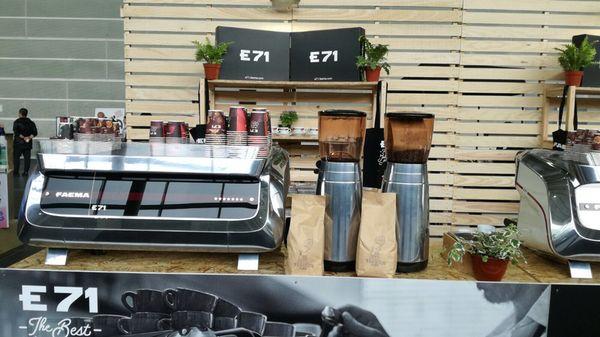 Faema E71 y tornado Café www.tornadocafe.es